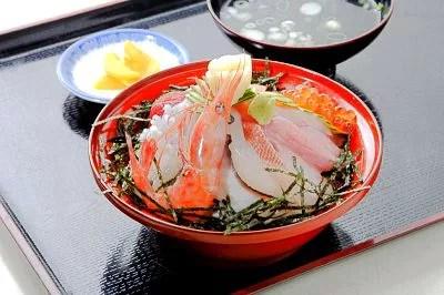 能登丼ランキング⑩旬の食材をふんだんに!能登地物丼