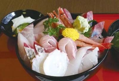 能登丼ランキング⑥漁師プロデュースの海鮮丼!漁師の海鮮丼