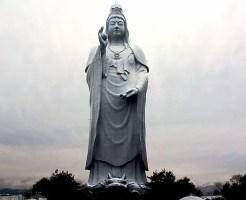 宮城県パワースポット⑩住宅街にそびえる真っ白な観音像!仙台大観音