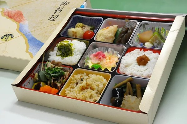 水戸市グルメ&名物⑩駅弁で欲張りに味わう!茨城四季彩懐石