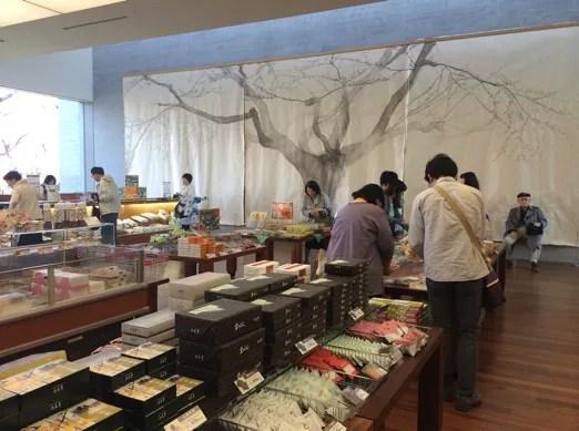 函館お土産ランキング9. 六花亭の「銘菓詰め合わせ」