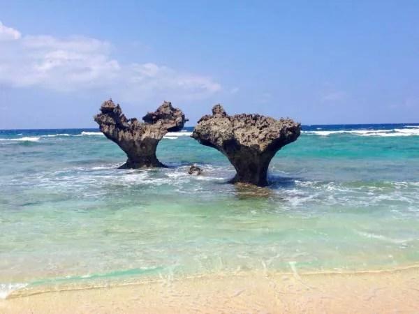 沖縄県デートスポットランキング⑦嵐のCMでも有名!ハート岩