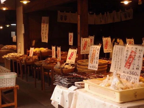川越の菓子屋横丁⑥駄菓子だけではないんです!お漬物屋「彩香」