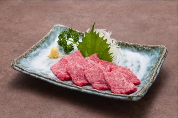 能登牛グルメランキング③世界で日本でここだけのメニュー!能登牛の刺身