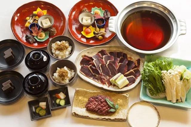 京都鴨鍋ランキング⑩いつかは行きたい憧れのロケーション「豆屋源蔵」