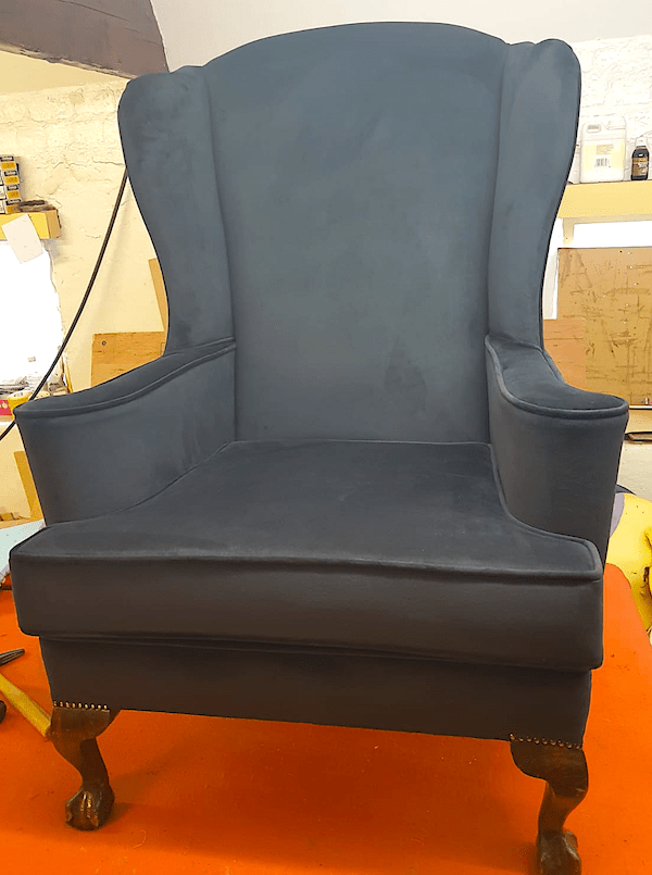 Chair - black velvet- ball claw feet