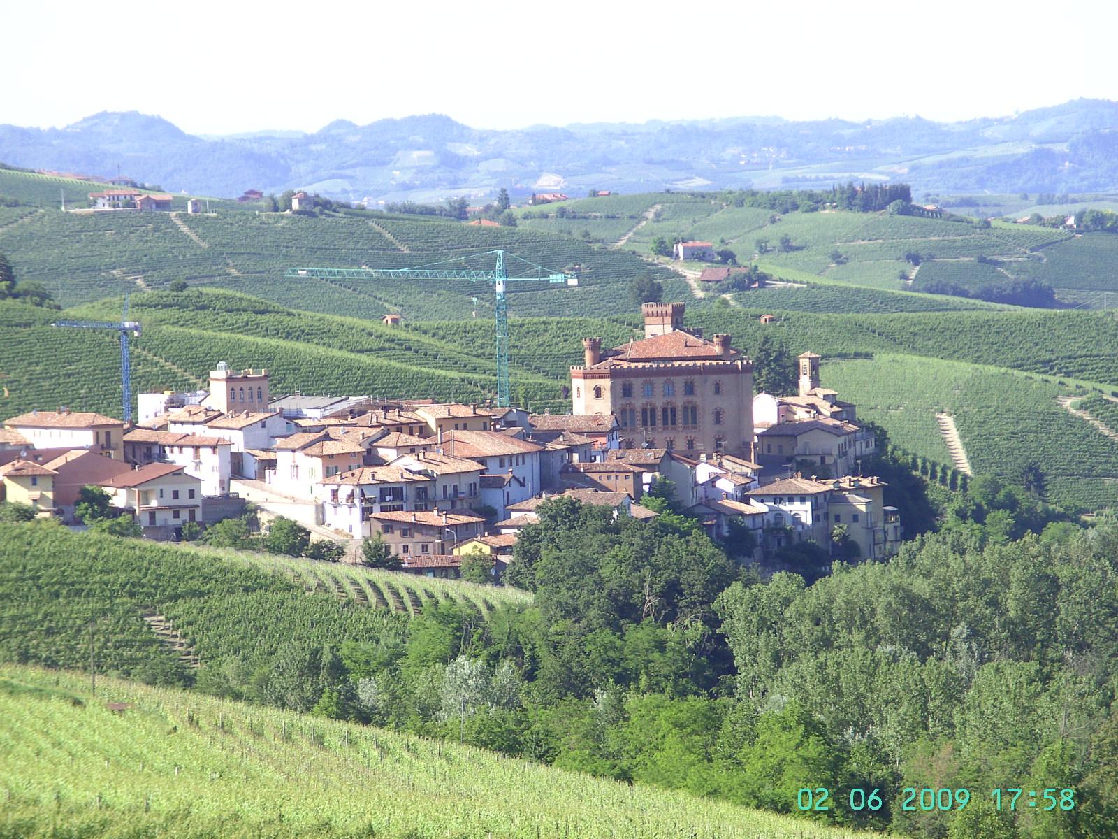 Weltbekannt: Barolo - eigentlich ein Dorf