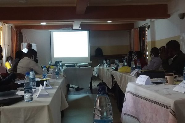 Sud-Kivu : 30 journalistes en formation sur le suivi de la redevance minière dans leur province.
