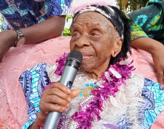 Sud-Kivu : Avec 177 arrières petits fils et 122 arrière-arrière-petit-fils; Madame NAMATENDA célèbre ses 108 ans de vie.