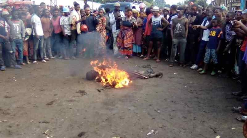 Sud-Kivu/Kalehe : Un présumé voleur  de 25 ans brûlé vif à Makengere