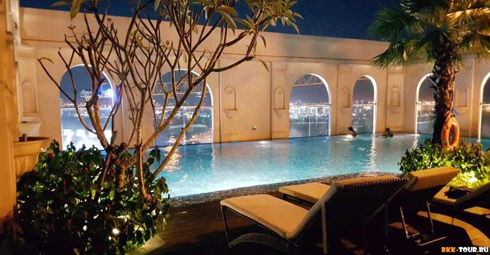 Awesome CBD Icon56 Rooftop Pool - Лучшие отели с бассейном в Сайгоне (Хошимин)