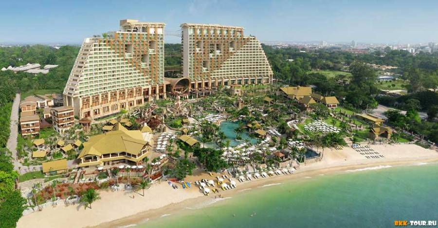 Вид с дрона Centara Grand Mirage Beach Resort