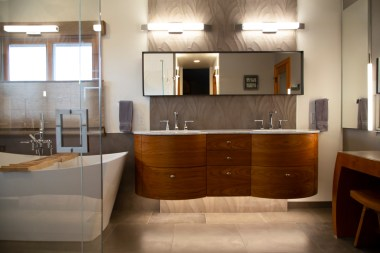 MHR_Bathroom_Image1