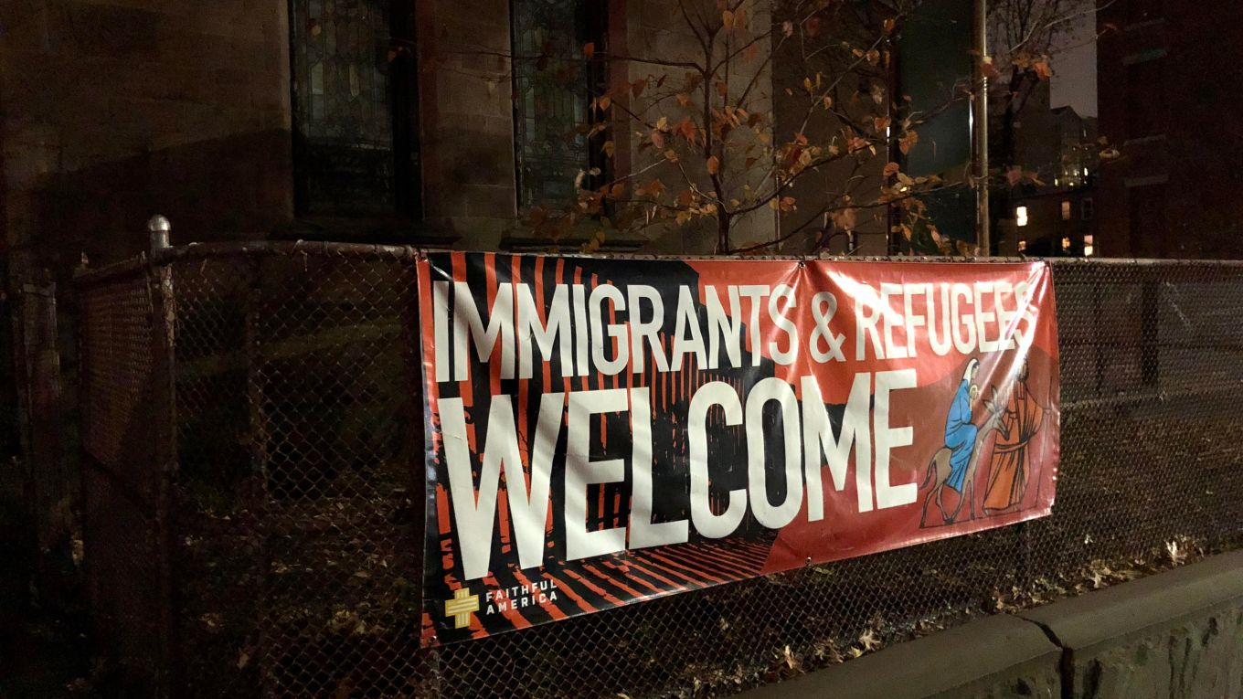 Immigrants Welcome Church Front (© Anthony Long 2018)