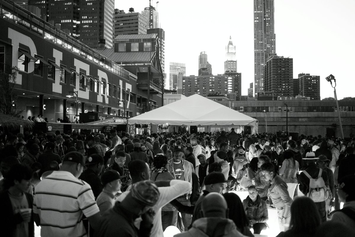 Crowd at The Do-Over at Beekman Beer Garden Beach Club during the Red Bull Music Academy in New York, April 28 to May 30, 2013 // Tony Blasko / Red Bull Content Pool // P-20130528-00464 // Usage for editorial use only //