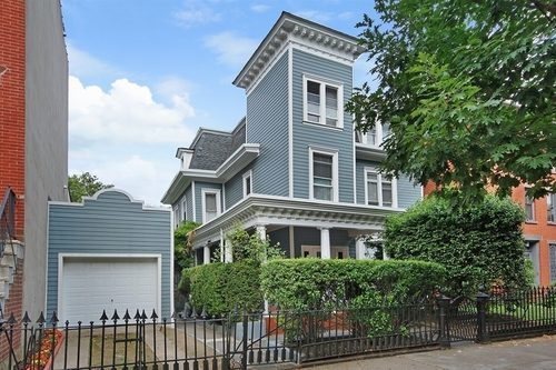 86 Cambridge Place in Clinton Hill just sold for $4.1 million