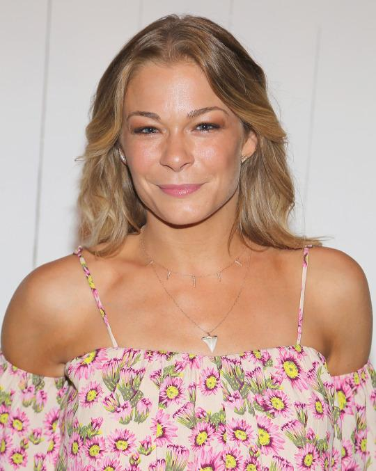 LeAnn Rimes Takes Prenatal Vitamins Even Though She's Not Pregnant – But Is That Safe?