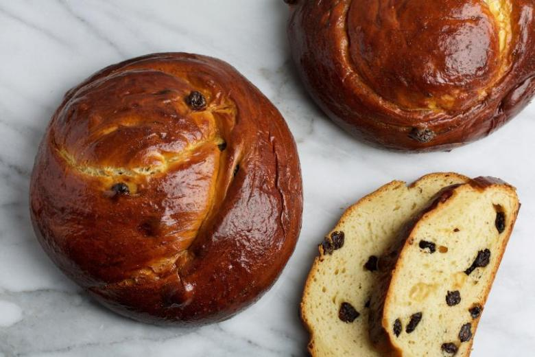 Baked Rosh Hashanah raisin challah from Alex Levin Photo: Getty Images