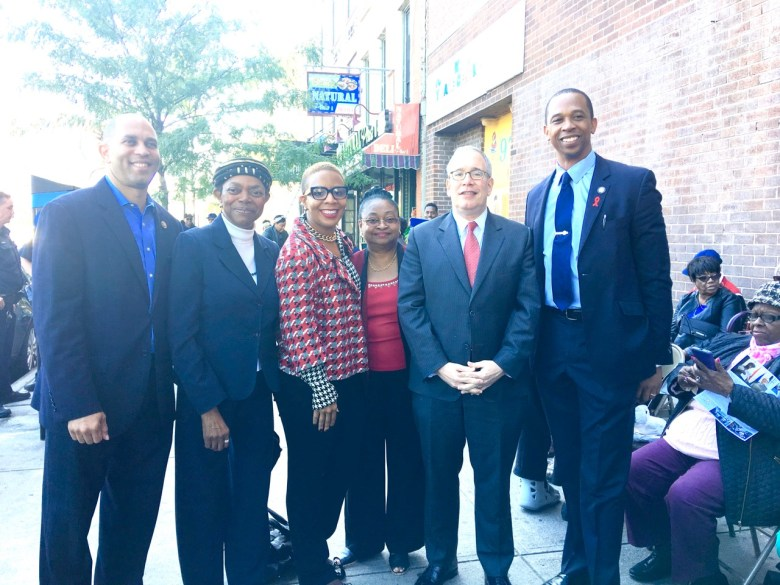 l to r: Congressman Hakeem Jeffries, State Senator Velmanette Montgomery, City Councilmember Laurie Cumbo, NYC Comptroller Scott Stringer and Assemblyman Walter Mosley