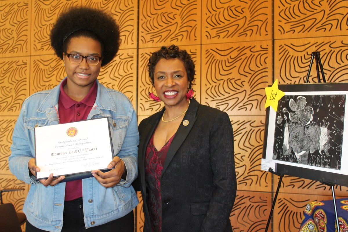 The 2018 Congressional Art Competition winner Tanisha Lord and Rep. Yvette D. Clarke.