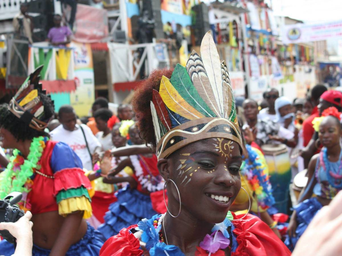 """Haiti Cultural Exchange is launching its ten-year anniversary celebration with """"Ayiti:eXperimentalSupperClub and Afterparty,"""" at Dumbo Loft on Thursday, June 6."""