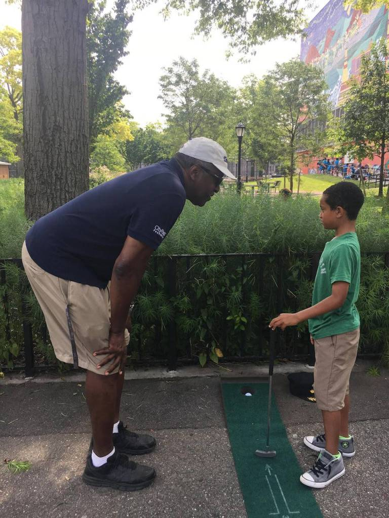 Free golf lessons in Crown Heights are giving Brooklyn kids the chance to putt their way onto a driving range and learn some new skills.