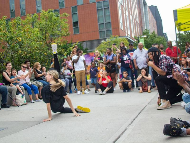 TheMyrtle Avenue Brooklyn Partnership celebrated the end of their annual Summer Event Series with a '90s hip-hop party.