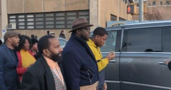 """Lawyer Wants """"Thug"""" NYPD Cops Who Attacked Innocent Black Male in Brooklyn Fired"""