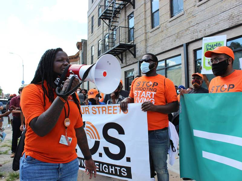 Marches rallied against the spike in gun violence in Crown Heights on Tuesday. Photo: Mateo Ruiz Gonzalez for BK Reader.