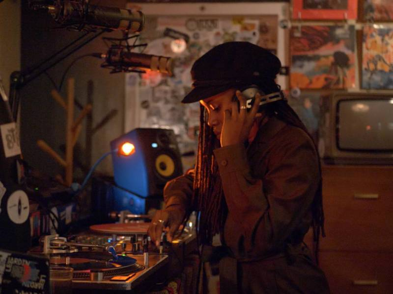 State of Independence, directed by Erica Mann, is an intimate look into the life of Ghanaian-American DJ Gabrielle Kwarteng.