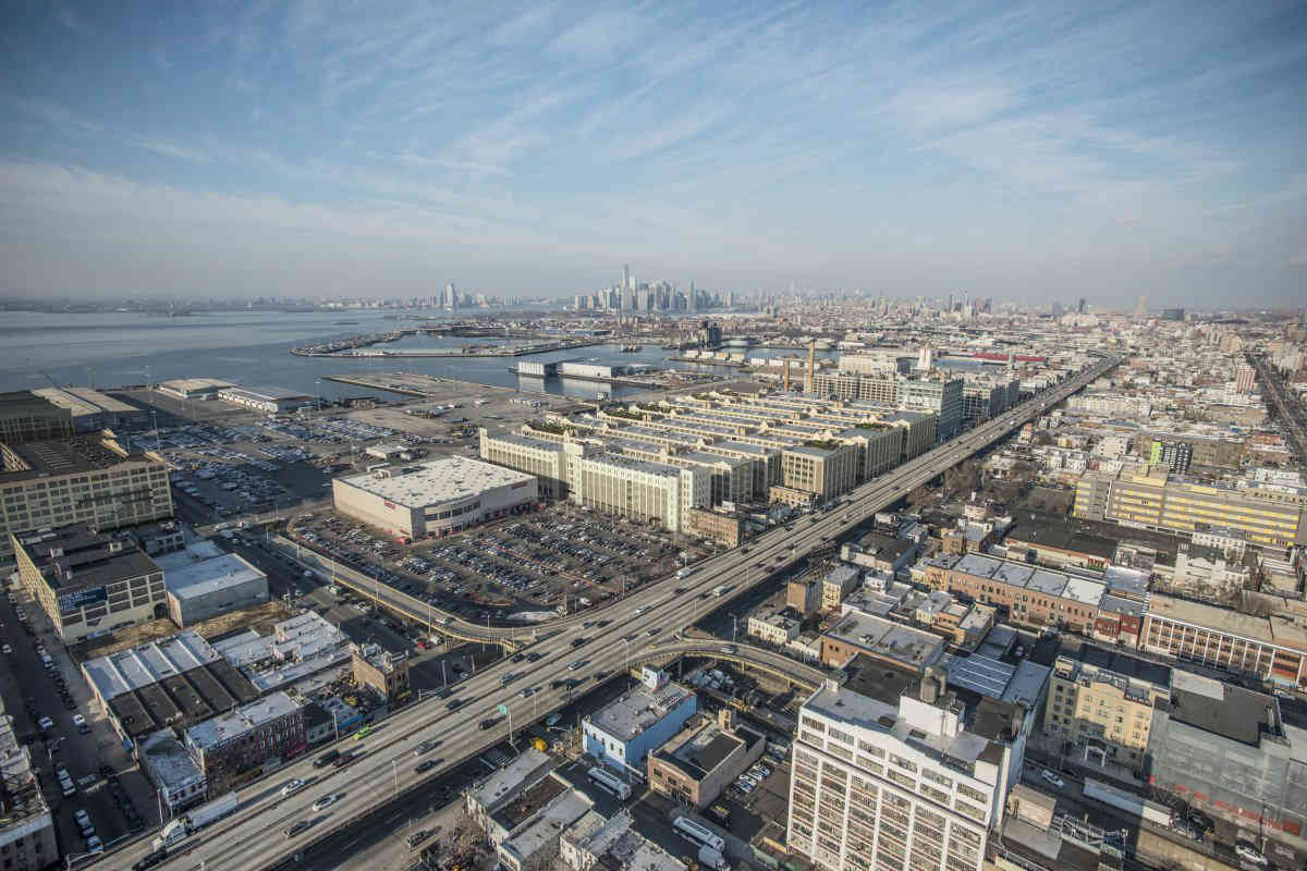 Brooklyn Democratic Party members sign letter against Industry City rezoning