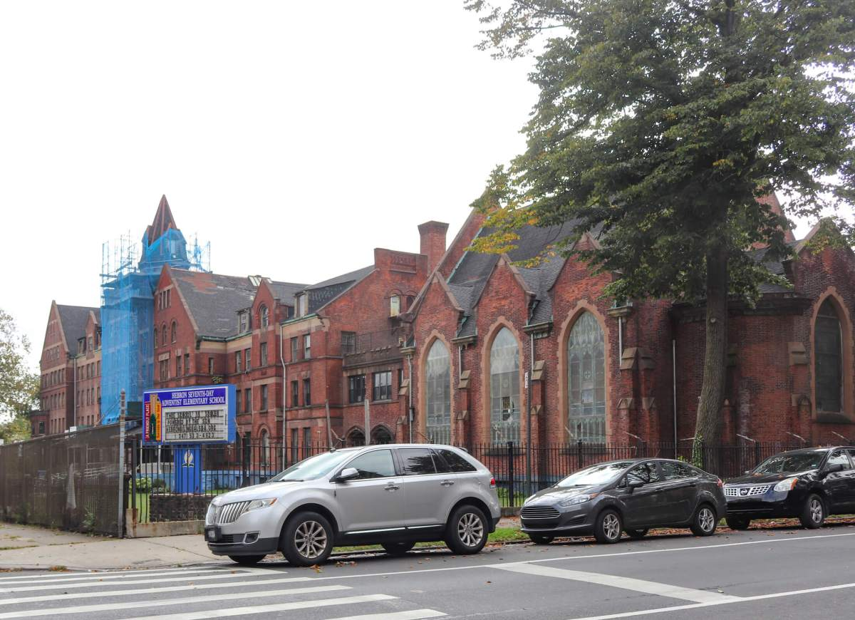 Congregation Members Join Advocates Against Development at Hebron School in Crown Heights