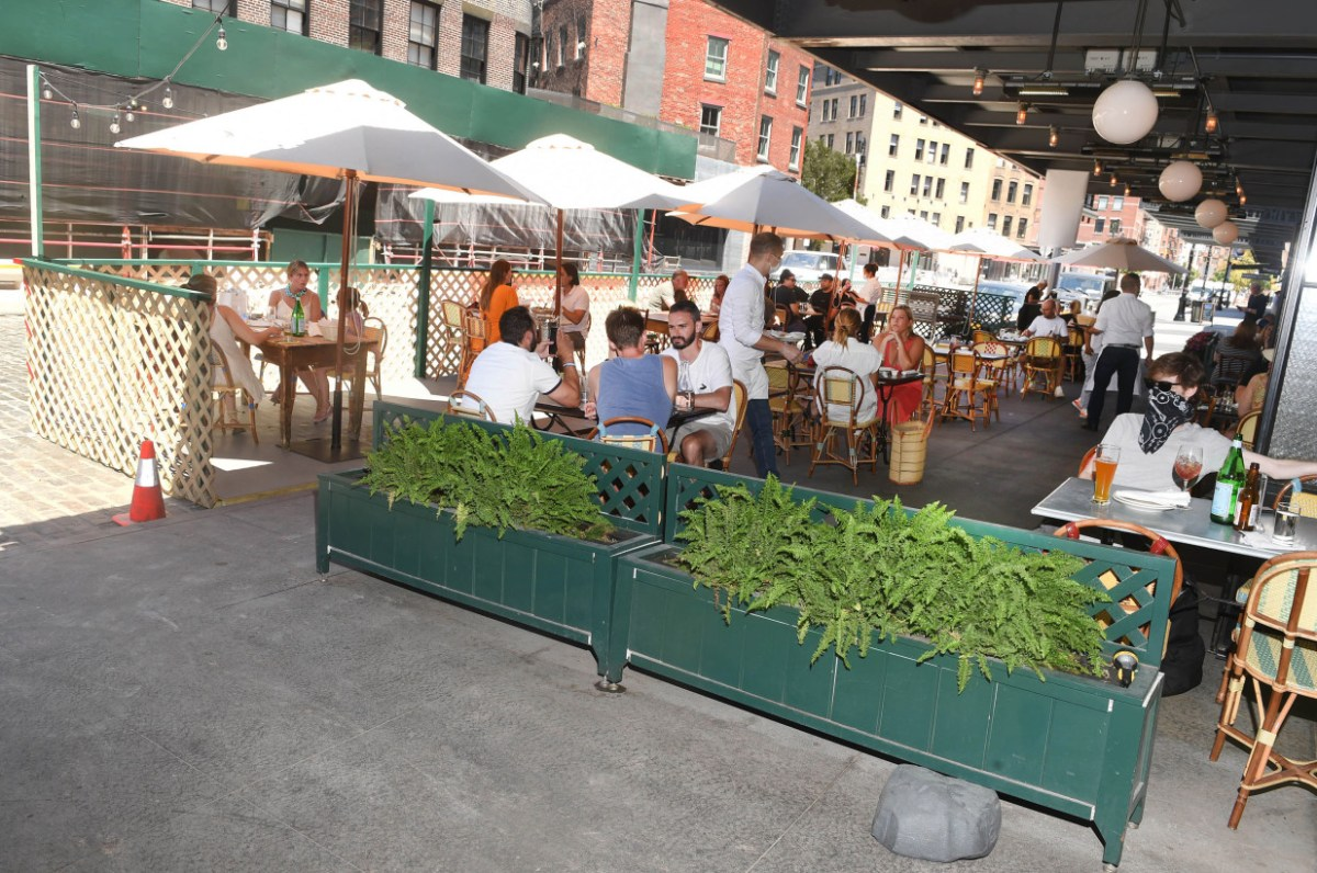 NYC restaurants may not survive another indoor dining ban