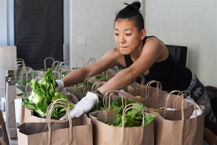 NYC group delivers 55,000 meals to Asian seniors isolated in pandemic