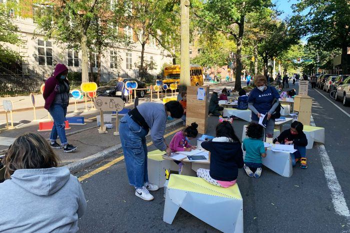 Volunteers Are Actually the Ones Funding Open Streets Programs. Why Isn't the City?