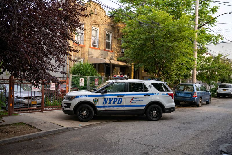 Brooklyn man already facing gun charges busted for shooting girlfriend