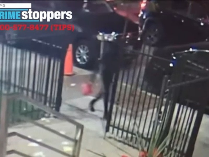 Woman caught on camera dousing Yeshiva with gasoline, lighting it on fire in Brooklyn