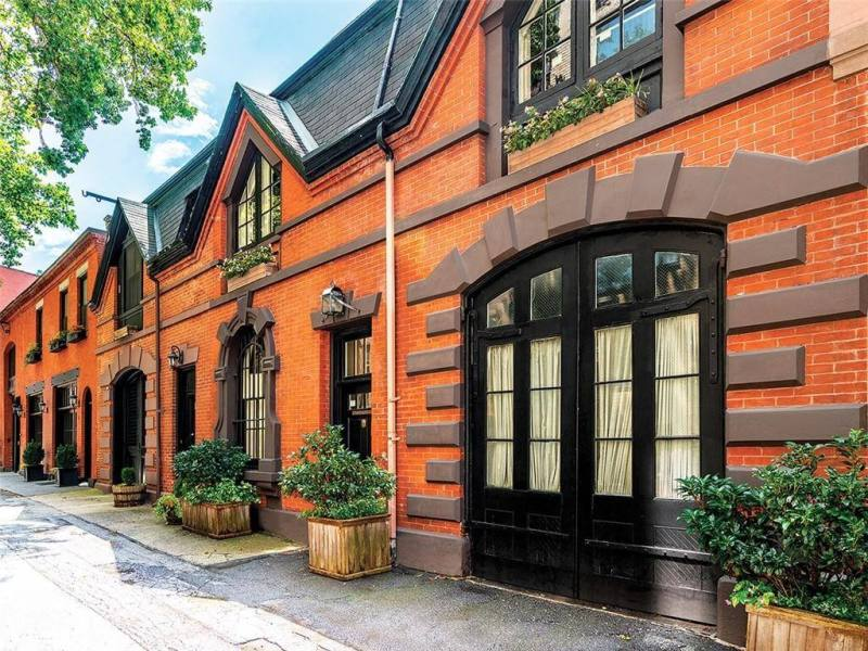 Picturesque Brooklyn Heights Carriage House on Grace Court Alley With Garage Asks $4.95 Million