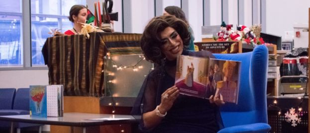 Seattle Prosecutes Pastor For Trying To Pray For Kids At Public Library Drag Queen Show