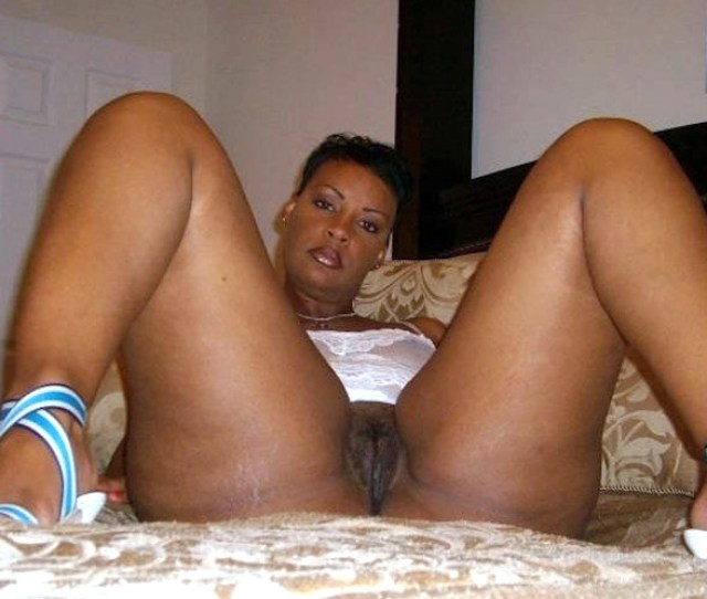 Black Amateurs Naked Sexy Black Milf Pulls Her Panties And Shows Nice Pussy