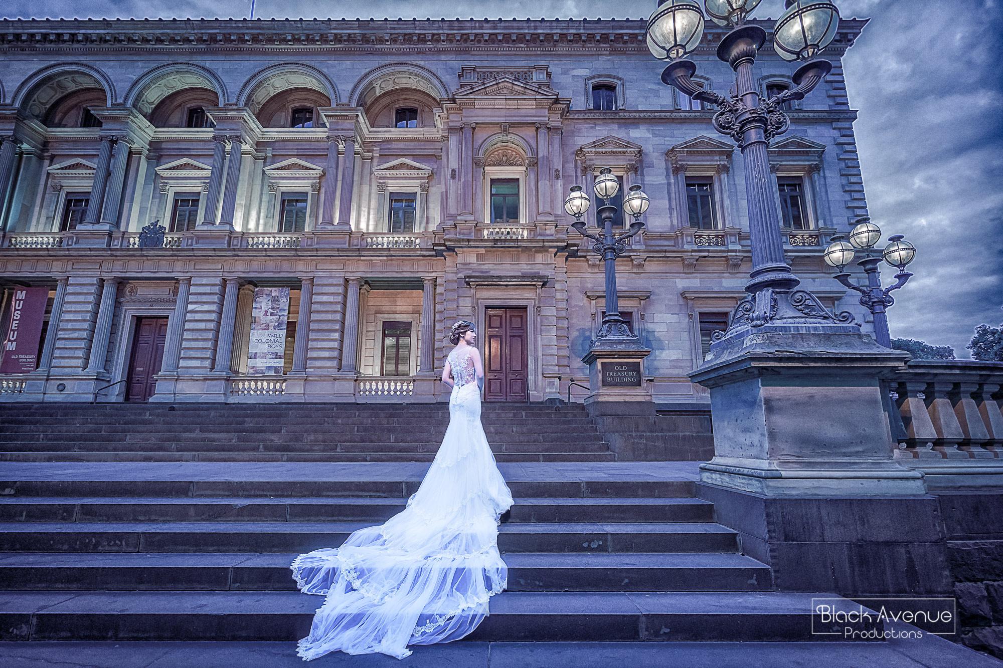 artistic canvas style bride portrait by the Old Treasury Building in Melbourne Australia
