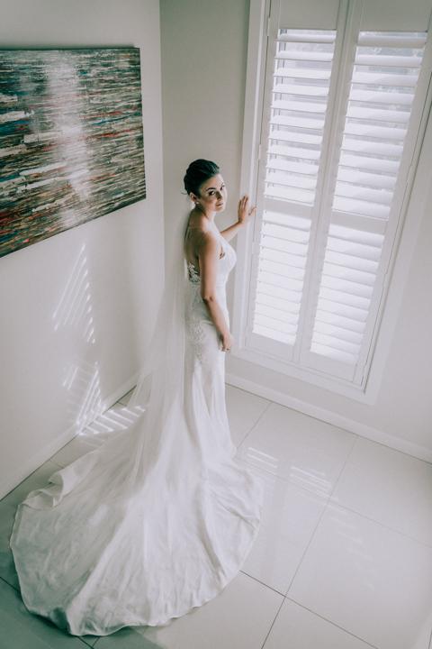 bridal photo of a beautiful bride at her Mornington Peninsula home