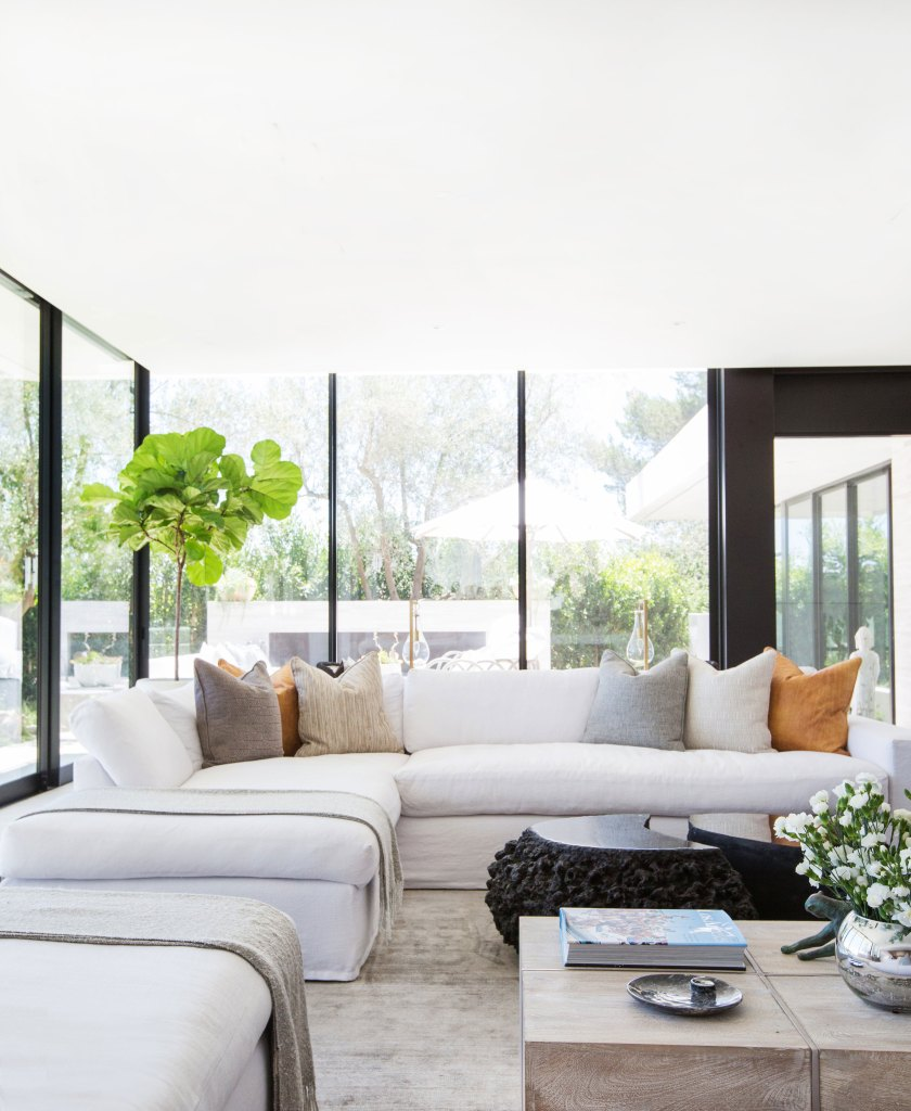 blackband_design_project_bel_air_living_room_13