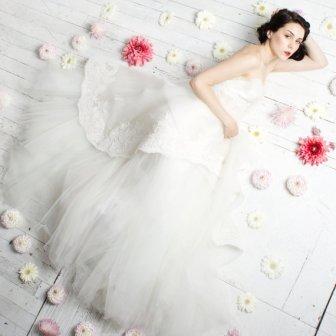 Claire Lafaye Wedding dresses☆ Online