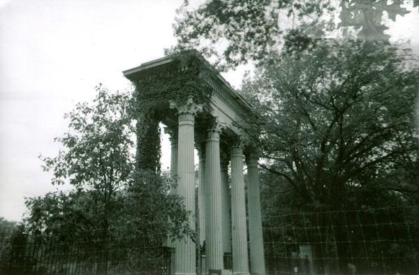 Franklin-PArk-Stone-Columns