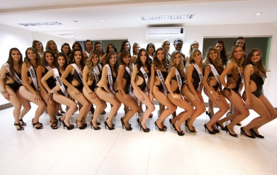 30 candidates of the Miss Bahia 2013 contest