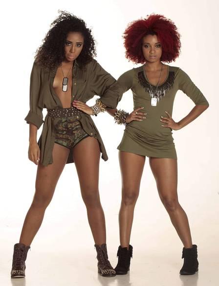 Backing dancers of singer Anitta: Alline Azevedo and Arielle Macedo