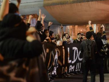 Protest in São Paulo against the disappearance of Amarildo and the governor of São Paulo