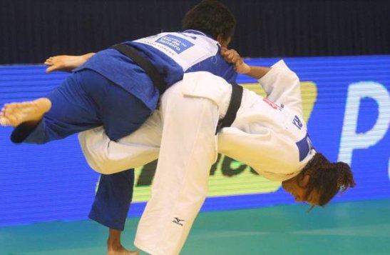Silva's victory over  American Hana Carmichael