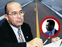 Minister of Transportation Eliseu Padilha and soccer great Pelé.